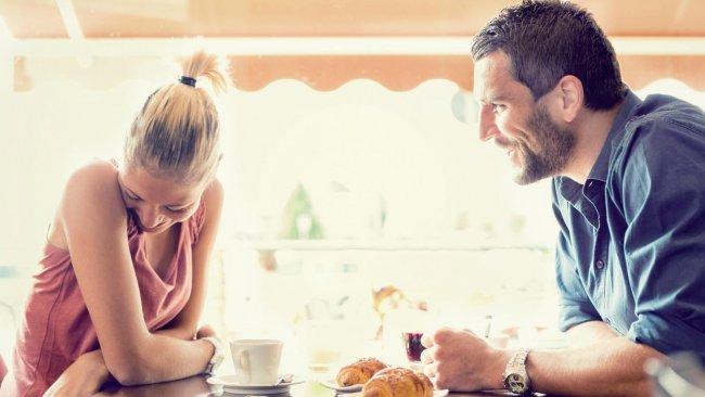 Cum mentii discutia interesanta la prima abordare